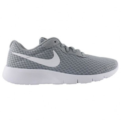 chaussure nike femme grise