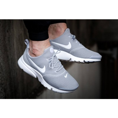chaussure nike homme fly